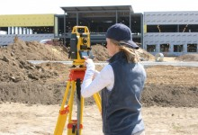 Bosch CST-305R Reflectorless Total Station
